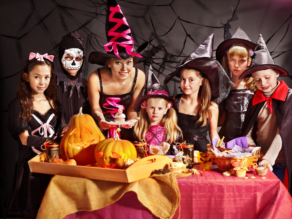 Детский праздник на хэллоуин аниматоры в школу Учительский переулок (город Троицк)