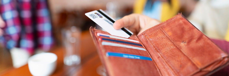 ¿Cuántas tarjetas de crédito son demasiadas?