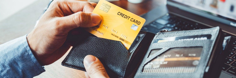 ¿Cuál es la diferencia entre tarjetas de crédito y débito?